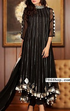 Buy Pakistani Designer Party Dresses online shopping from our collection of Indian Pakistani fancy Party wear fashion suits for USA, UK, Canada, Australia. Party Wear Indian Dresses, Pakistani Fashion Party Wear, Designer Party Wear Dresses, Pakistani Bridal Dresses, Pakistani Dress Design, Indian Outfits, Party Fashion, Black Pakistani Dress, Eid Dresses