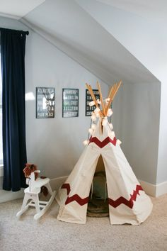 Carter and Wesley's Boys' Room on a Budget: We spot our #Storkcraft Rocking Horse!