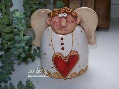 zvonek anděl Vendelín Christmas Clay, Christmas Ornaments, Pottery Angels, Ceramic Angels, Salt Dough, Polymer Clay Crafts, Clay Art, Paper Dolls, Holiday Decor