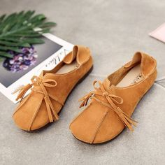 Soft Leather Slip On Lazy Portable Comfortable Flat Loafers For Women #flatsoutfit