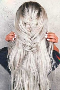 Gorgeous Platinum Blonde Balayage picture2
