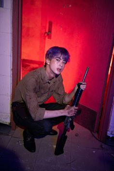 """""""BTS Kim Seokjin/ Jin shows kdrama people what they are missing out on by self auditioning for a zombie apocalypse movie. melarosee for the text removal from first picture"""" Seokjin, Kim Namjoon, Kim Taehyung, Bts Jin, Bts Bangtan Boy, Jhope, John Laurens, Foto Bts, K Pop"""