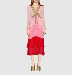 http://www.gucci.com/images/ecommerce/styles_new/201605/web_full/422302_ZGK10_5665_002_web_full_new_theme.jpg