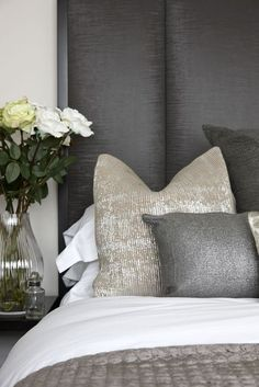 Trying To Find DIY Headboard Ideas? There are so many affordable ways to create a distinct distinctive headboard. We share a couple of great DIY headboard ideas, to inspire you to style your bed room chic or rustic, whichever you favor. Champagne Bedroom, Bedroom Inspirations, Home Bedroom, Bedroom Interior, Bedroom Styles, Simple Bedroom, Bedroom Decor, Gold Bedroom, Home Decor