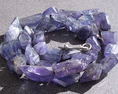 EdelEdelsteinSchmuck auf Etsy Amethyst, Texture, Crystals, Crafts, Etsy, La Mode, Gems Jewelry, Rhinestones, Things To Do