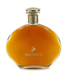 Here comes the Rémy Martin Extra cognac - in a 70cl decanter, at ABV of 40%. The cognac is a blend of 90% Grande Champagne spirits and 10% Petite Champagne eaux-de-vie, so we call it a Fine Champagne Extra. The bottle also exists at a 35cl format. Price: 301 €