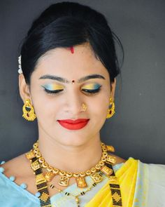 Marathi Wedding, Beautiful Girl Indian, Cute Faces, Girl Photos, Desi, Girls, Beauty, Jewelry, Fashion