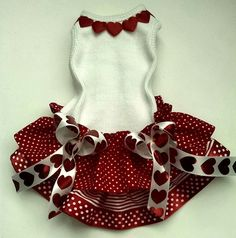 Dog Dress Tee Skirt Valentine Red Hearts Size Small