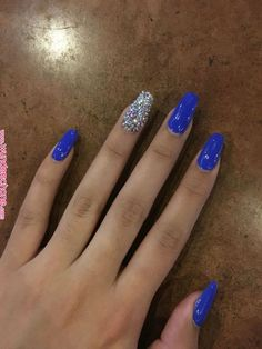 Nude nails, while popular, can be a bit of a snooze, but not with these cool nail designs and color accents. Silver Acrylic Nails, Blue And Silver Nails, Blue Coffin Nails, Blue Gel Nails, Blue Glitter Nails, Bright Blue Nails, Zebra Nails, 3d Nails, Silver Glitter
