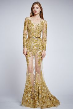 See the complete Zuhair Murad Spring 2016 Ready-to-Wear collection.