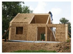 Built from straw bales Natural Building, Green Building, Building A House, Prefab Cabins, Prefab Homes, Earthship, Cob House Plans, Straw Bale Construction, Wood House Design