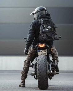 Bobber, Ducati Scrambler, Scrambler Motorcycle, Cafe Racer Bikes, Cafe Racers, Ducati Monster, Biker Photoshoot, Moto Biker, Character Art