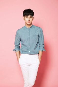 Actor Kim Soohyun is now the spokesperson of China's 'Tencent' (Daily K Pop News) Asian Boys, Asian Men, My Love From Another Star, Hyun Kim, Comic Tutorial, Handsome Korean Actors, Poster Boys, Sung Kyung, Stylish Mens Outfits