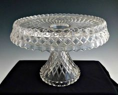 Vintage glass cake stand Virginian by Cambridge Glass