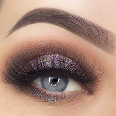 Gorgeous #glitter eyes! Shop glitters with The Makeup Club