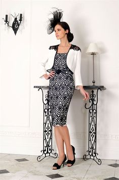 fdc60950aa0 VEROMIA DRESS CODE SUIT SIZE 10 MOTHER OF THE BRIDE BRAND BLACK AND  WHITE SUIT