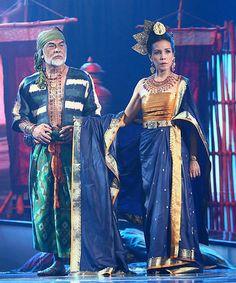 Filipino actor and actress portraying Ancient Filipino freemen and nobles.