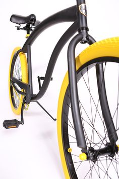 Check out this custom beach cruiser bicycle :) www.villycustoms.com great cruiser bikes!