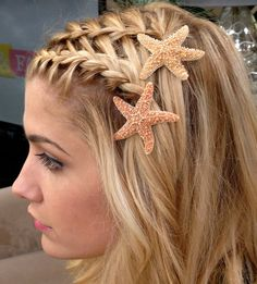 #Beach #starfish #weddinghair - #Wedding #Hair Re-pinned from Forever Friends Fine Stationery Favors http://foreverfriendsfinestationeryandfavors.com