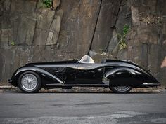 1939 Alfa Romeo Lungo Spider by Touring, RM Sotheby's Alfa Romeo 8c, Alfa Romeo Spider, Alfa Romeo Cars, Alfa 8c, Most Expensive Car Ever, Expensive Cars, Ferrari, Automobile, Engin