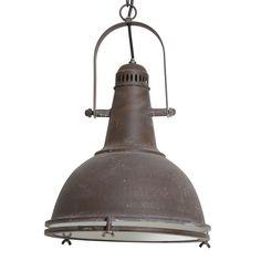 Super stoer, deze eigentijdse hanglamp Anklam! De antiek bruine hanglamp Anklam heeft een industrieel uiterlijk. De lamp Anklam is gemaakt van metaal en heeft een ronde vorm. De diameter van de kap is 31 cm. Hanglamp Anklam heeft een mooie binnenkant die netjes afgewerkt is. De unieke kleur van de lamp in combinatie met de ijzeren afwerking geeft de lamp een robuuste uitstraling. Hanglamp Anklam is afkomstig van het merk Light & Living.