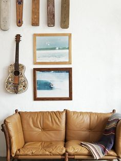 I like the idea of hanging musical instruments on the walls. Great 3d effect.