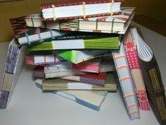 Meus cadernos artesanais, em costura copta e longstitch.