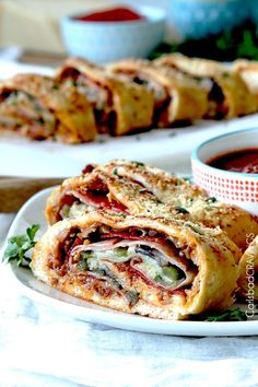 Stromboli Recipe in 35 Minutes! (AKA How to Make Rolled Pizza) Stromboli Recipe in 35 Minutes! (AKA How to Make Rolled Pizza) Italian Dishes, Italian Recipes, Pizza Recipes, Cooking Recipes, What's Cooking, Sauce Pizza, Carlsbad Cravings, Weekday Meals, Football Food