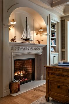 Lovely portable fireplace decor ideas to refresh your home Fireplace Mantle, Fireplace Design, Portable Fireplace, Lakeside Living, Architecture Details, Decoration, Beautiful Homes, Family Room, New Homes