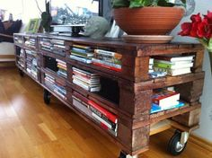 shipping pallets, pallet shelves, book, librari, pallet furniture, tv stand, diy, pallet tables, recycled pallets