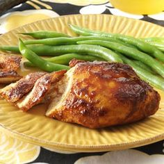 Honey & Spice Baked Chicken Recipe -Bring summertime flavor to the table any time of year with this moist chicken entree that will remind you… Baked Chicken Breast, Baked Chicken Recipes, Moist Chicken, Chicken Breasts, Cooked Chicken, Skillet Chicken, Chicken Meals, Bbq Chicken, Buffalo Chicken