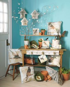 #Merchandising, love the blue wall