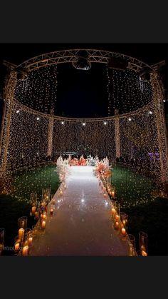 Night Wedding Decor, Desi Wedding Decor, Romantic Wedding Decor, Wedding Mandap, Outdoor Wedding Decorations, Engagement Decorations, Wedding Ideas, Outdoor Indian Wedding, Wedding Stage Design