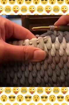 Diy Crochet Projects, Crochet Bag Tutorials, Crochet Videos, Crochet Crafts, Easy Crochet, Crochet Basket Pattern, Crochet Patterns, Crochet Storage, Knitting Stitches