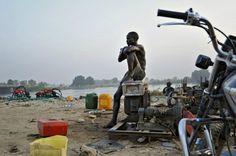 Land of Cush - Sud Soudan, the war dashed - 2011 // photo by Cedric Gerbehaye