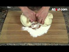 How to Make Puerto Rican Water Bread (Pan de agua)