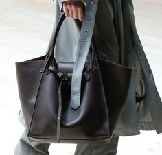 e29c35f0459 Céline Explores Giant Proportions and the Return of the Ring Bag on Its  Fall 2017 Runway