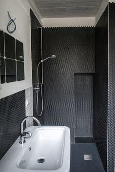 Via delle Orfane by CON3STUDIO - Bathroom