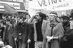 As a 13 year old waiting for the revolution, admired Tariq Ali. Stephen Hawking (with cane), Tariq Ali and Vanessa Redgrave front an Anti-Vietnam War demonstration, Grosvenor Square, London 1968 © Lewis Morley Vanessa Redgrave, Stephen Hawking, Dangerous Minds, Famous Photos, Famous Faces, Thing 1, Fake Photo, Physicist, Vietnam War
