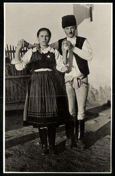 Romania Travel, Old Photography, Folk Dance, Folk Music, Hipster, Bratislava, Costumes, Gallery, Embroidery