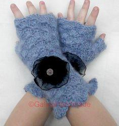 Crochet  Fingerless Gloves  Wrist Warmers by GalinaHandmade