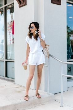 A summer romper is a staple that every girl should have! Wearing a good summer romper makes any outfit instantly cute, but you can also take a summer romper from super casual to really upscale. You can even go so far as to wear a summer romper to a wedding! #summerromper #romperoutfit