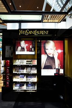 store+makeup+ysl Makeup Display, Cosmetic Display, Makeup Ysl, Makeup Cosmetics, Cosmetic Packaging, Bare Minerals, Visual Merchandising, Store Design, Younique