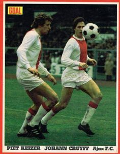 May Ajax forward Piet Keizer and Johan Cruyff in action against Inter Milan in the European Cup Final, in Rotterdam. Football Memorabilia, Football Jerseys, Football Players, Pure Football, Afc Ajax, European Cup, The Old Days, West London, Sport