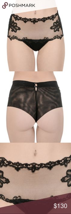 LA PERLA MADE IN ITALY PANTIES Gender: Womens Styles: Slip Collection: All Seasons Compositions: PA 60% PL 25% EA 15% Made: ITALY La Perla Intimates & Sleepwear Panties