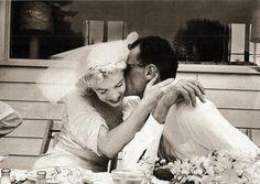 Marilyn Monroe & Arthur Miller 1956