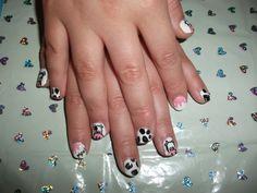 Moo nails.