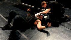 SmackDown 11/29/13: Cody Rhodes & Goldust vs The Shield - WWE Tag Team Championship Match
