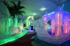 The Hat Yai Ice dome is a small but brilliant attempt to recreate the Ice festival that happens in Harbin, China.