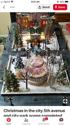 Christmas Village Decorations, Christmas Village Display, Christmas Villages, Holiday Decor, Christmas In The City, Vintage Christmas, Christmas Holidays, Christmas Crafts, Christmas Tree